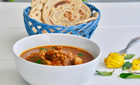 Kerala Varutharacha Chicken Curry