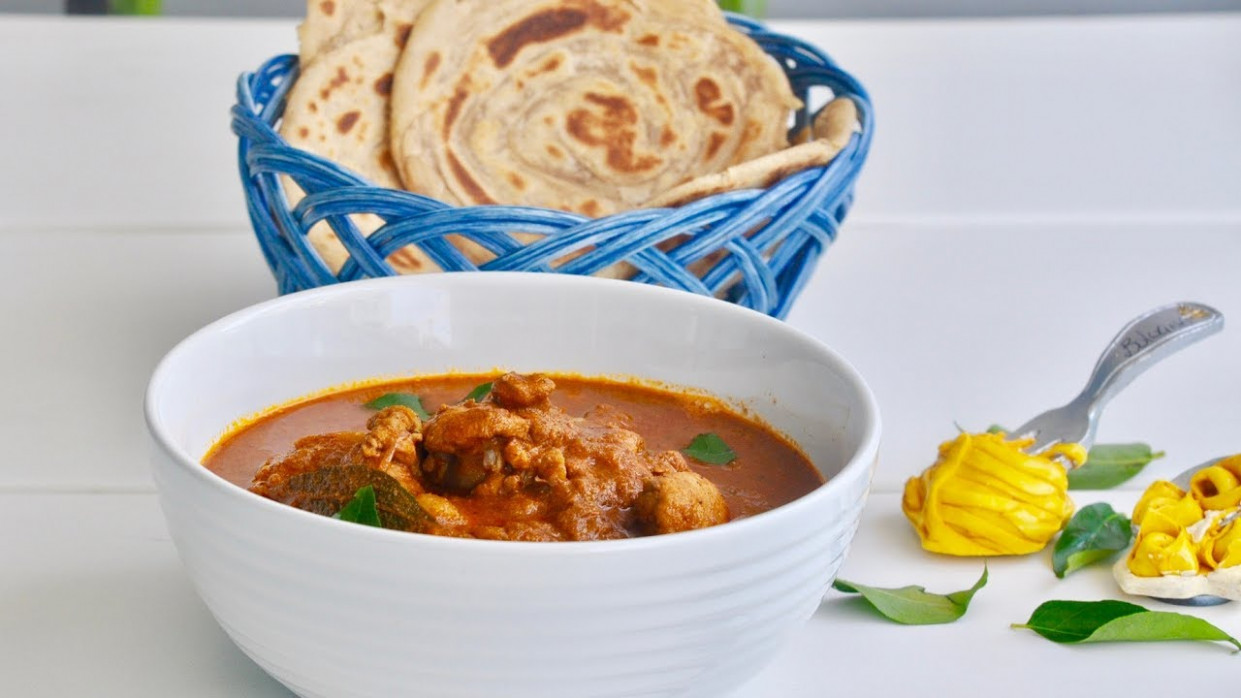 Kerala Varutharacha Chicken Curry - Chicken Recipes Veena's Curryworld