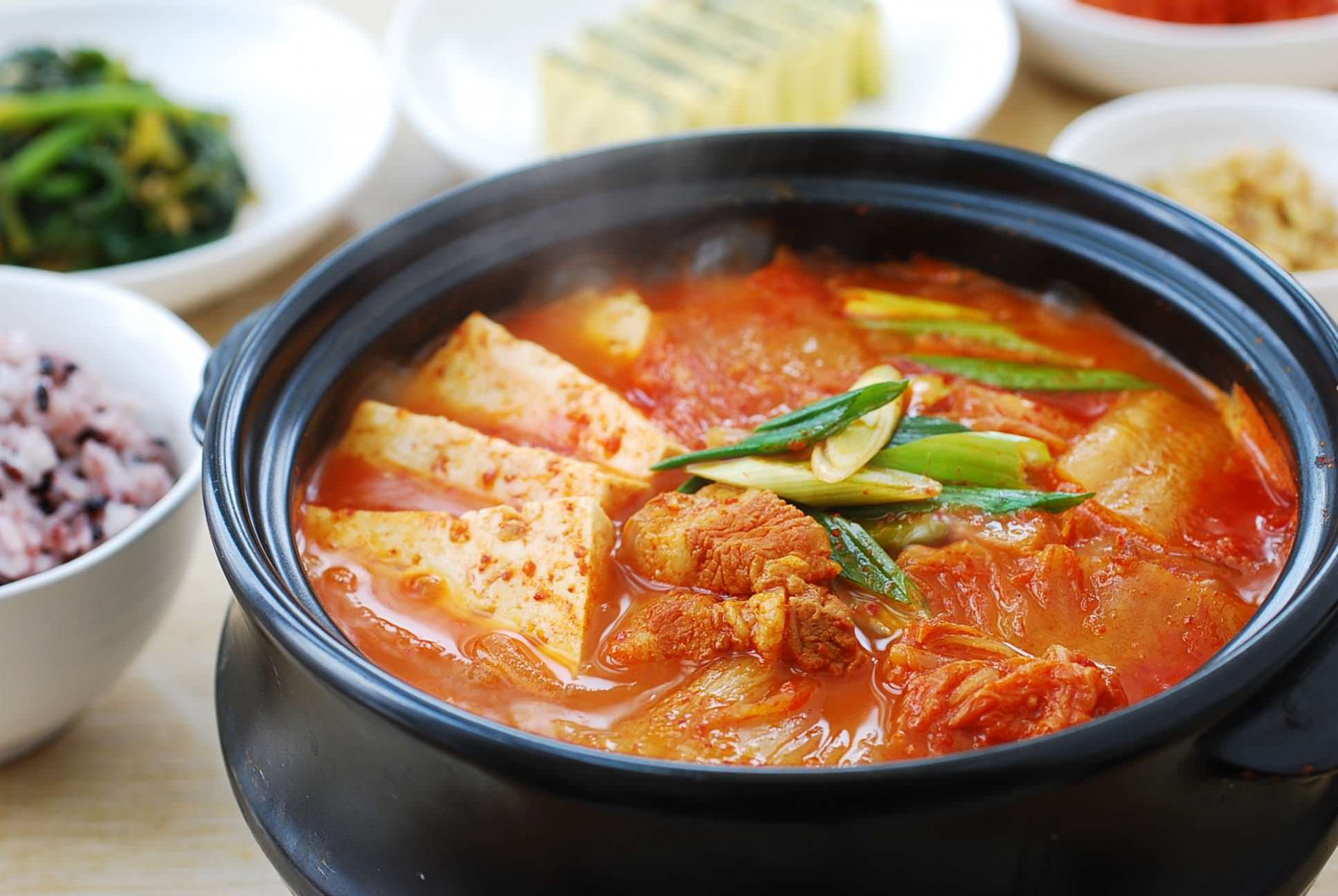 Kimchi JJigae (Kimchi Stew) - Korean Bapsang - recipes korean food