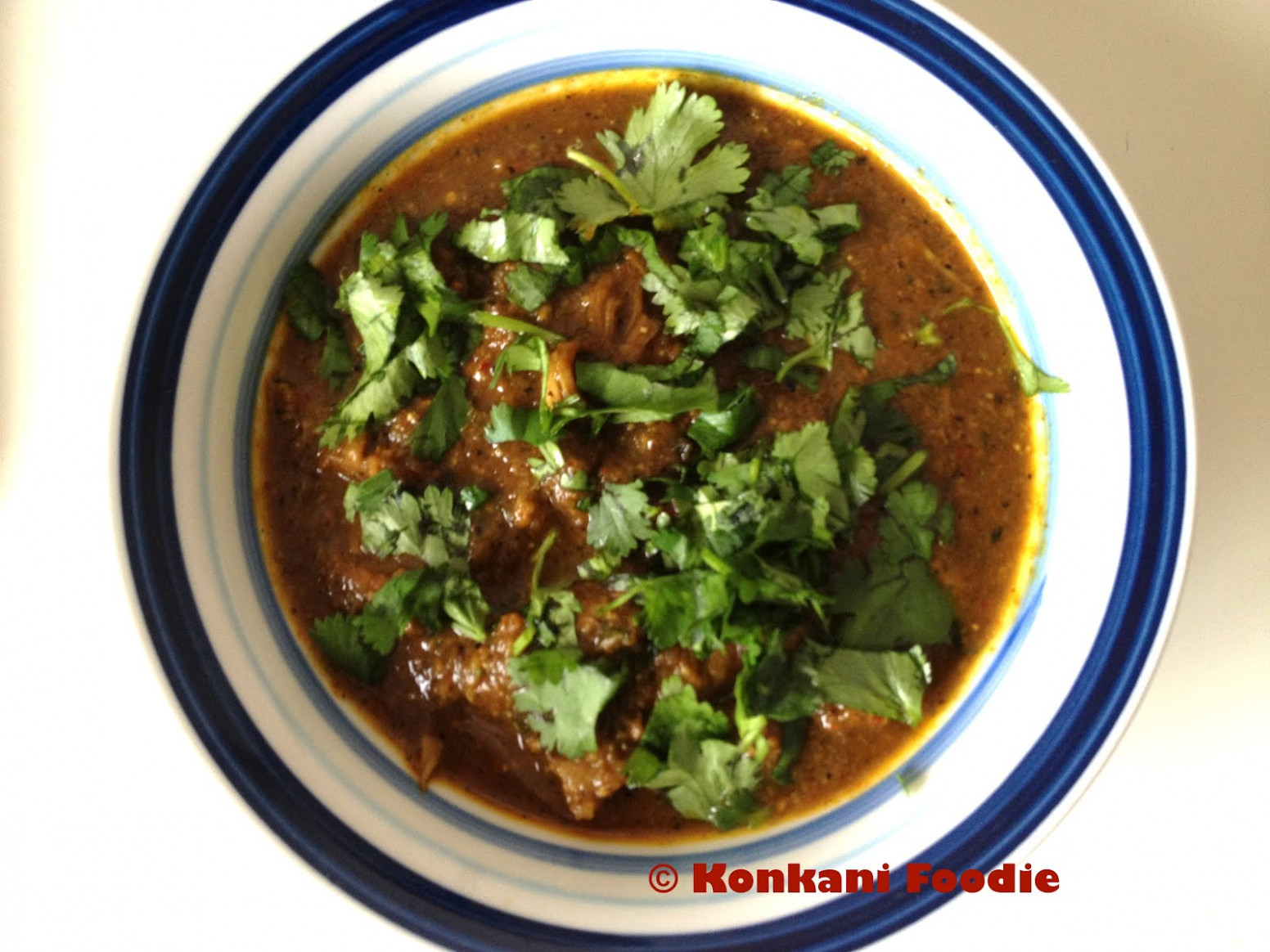 Konkani Foodie: Chicken Xacuti | Chicken Shaguti - chicken xacuti recipe in goa