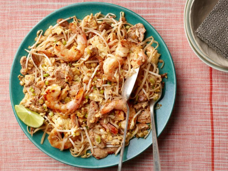 Kuay Tiaw Pad Thai Recipe | Food Network - Authentic Thai Food Recipes With Pictures