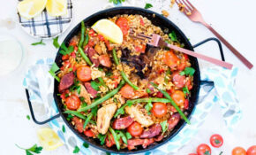 Leah Itsines' Chicken And Chorizo Paella – Paella Recipes Chicken