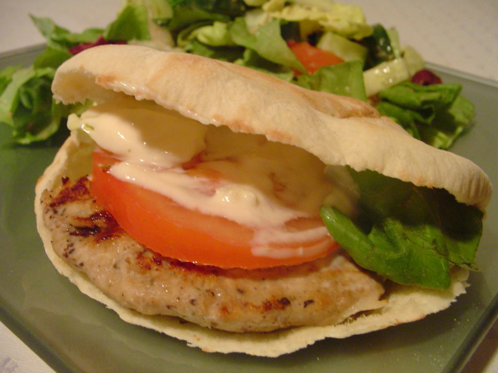 lebanese chicken burgers - lebanese recipes chicken