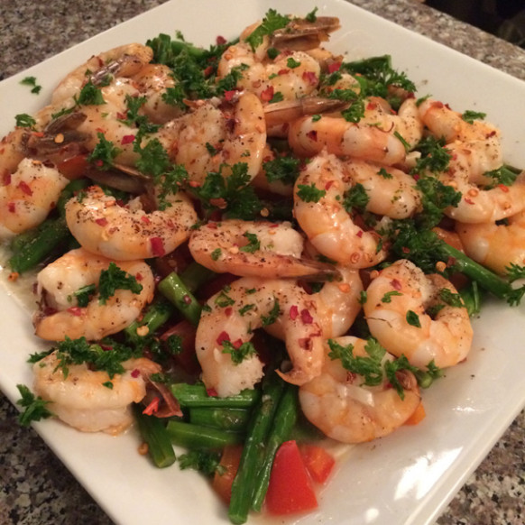 Lemon-Garlic Shrimp Recipe - TingFit - recipes low carb healthy fat