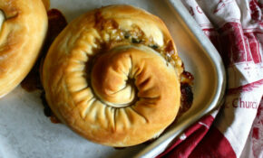 M'hencha: Moroccan Spinach And Almond Feta Hand Pies ..