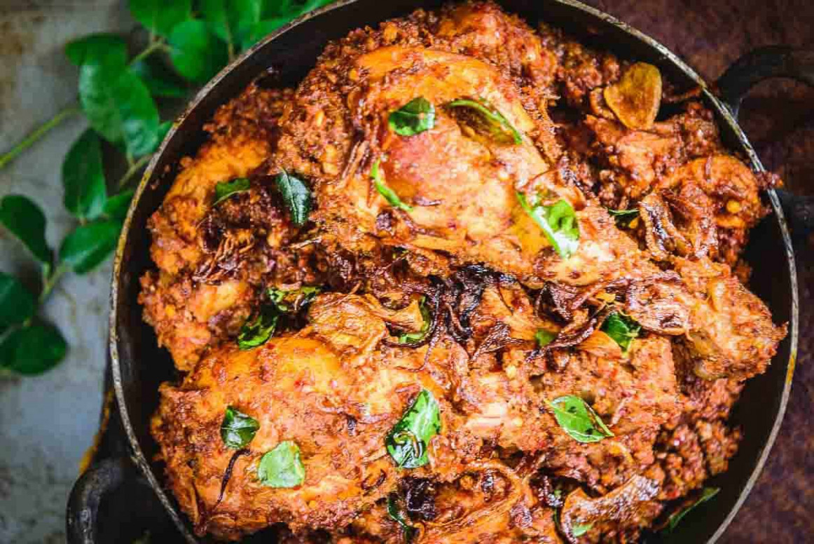 Mangalorean Chicken Sukka Recipe (Step by Step) - Whiskaffair - chicken recipes kannada