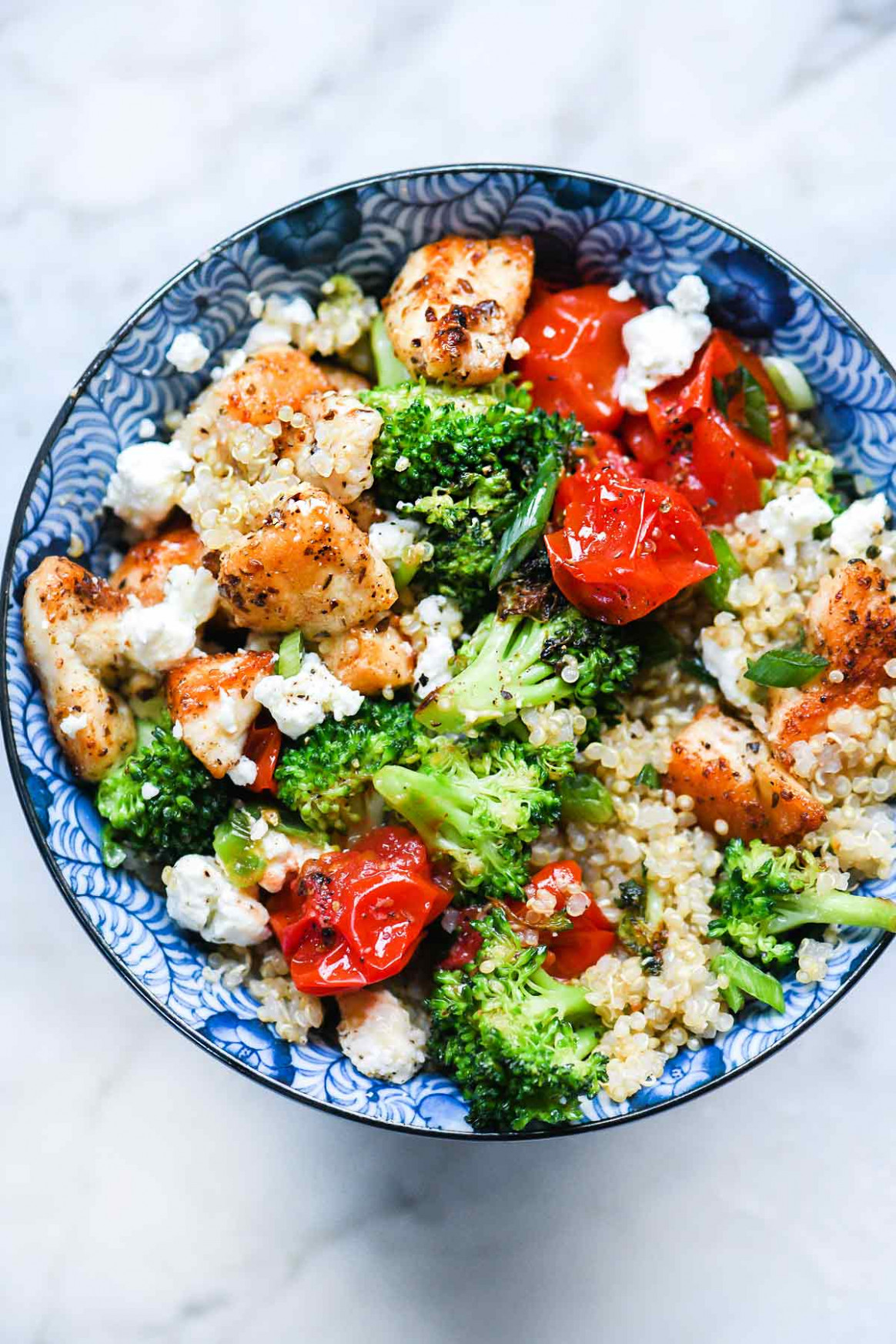 Mediterranean Chicken Quinoa Bowl with Broccoli and Tomato - chicken with vegetables recipes easy