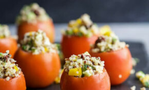 Mediterranean Quinoa Stuffed Tomatoes | Easy Healthy Recipes