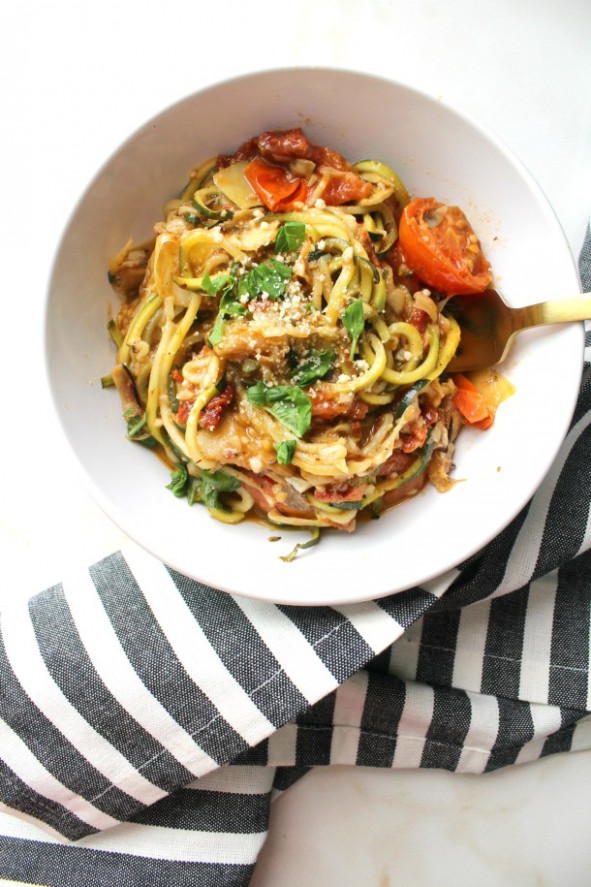 Mediterranean Zucchini Noodles - This Savory Vegan - vegetarian recipes zoodles
