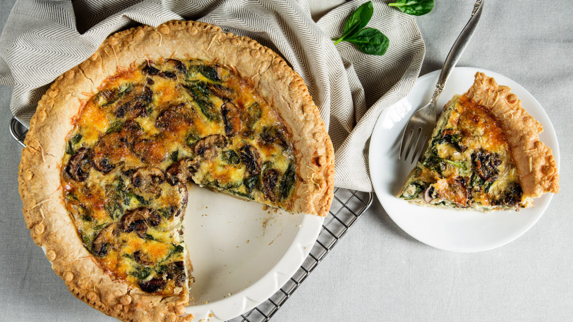 Mushroom and Spinach Quiche - recipe vegetarian quiche spinach