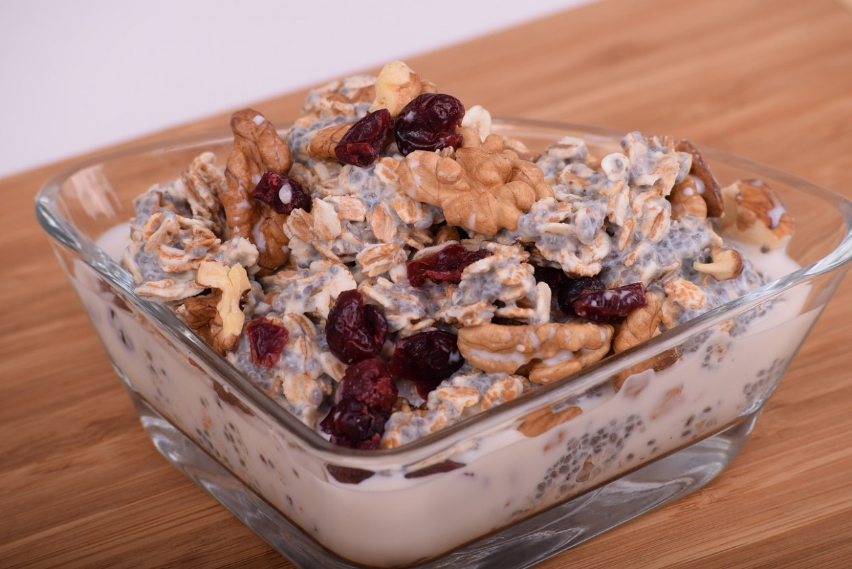 Oatmeal, Dried Cranberries, Cranberries - simple food recipes