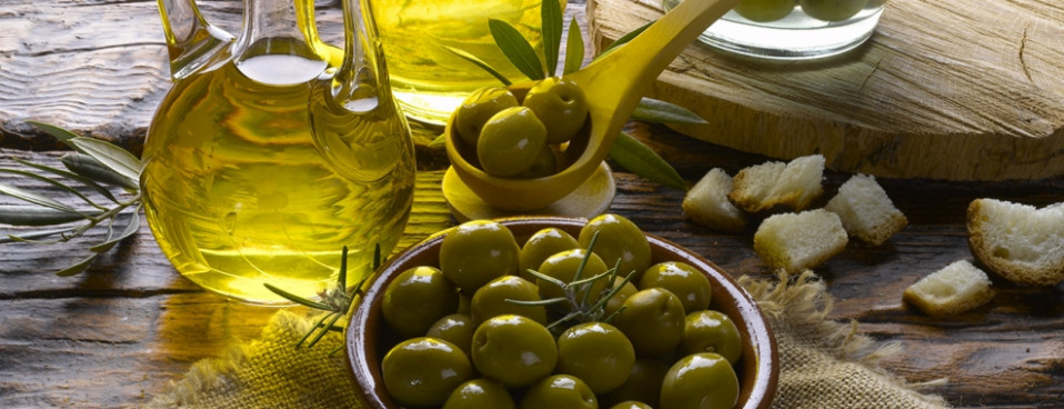 Olives And Olive Oil: The Heart Healthy Fat | Berkeley ..