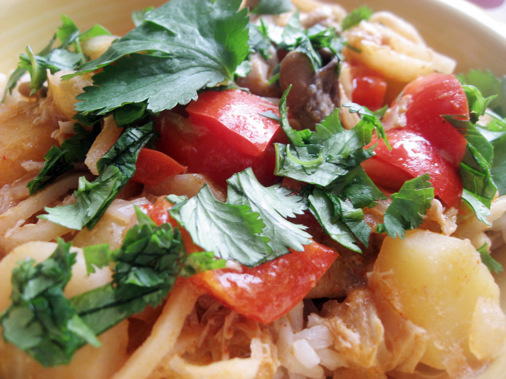 One bird, two dishes -- red Thai curry - recipes of chicken salad