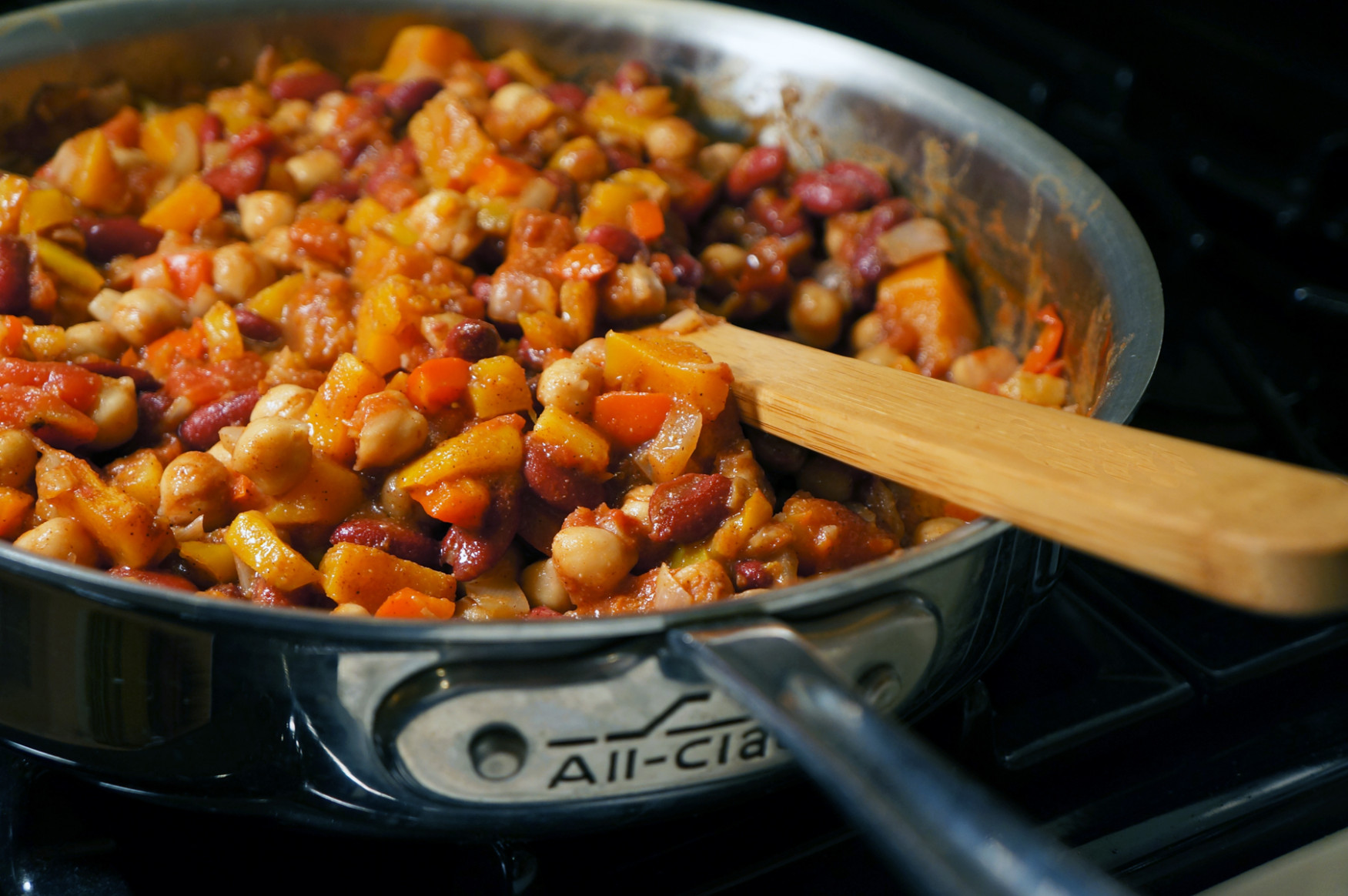 One-Pot Bountiful Bean Stew