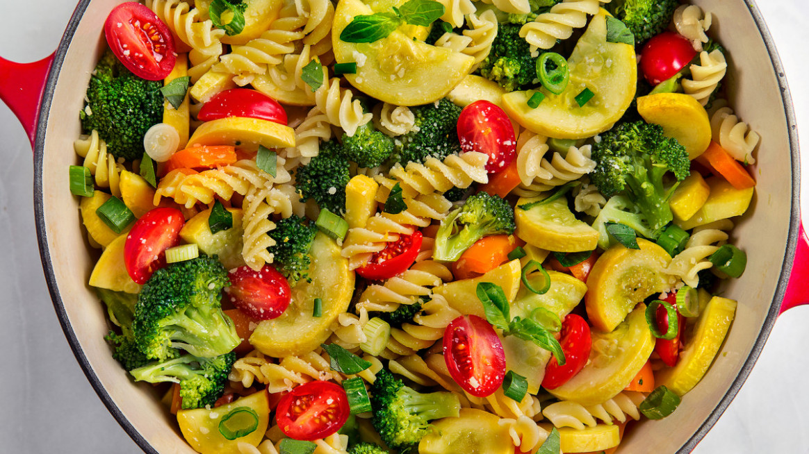 One Pot Pasta Primavera - Fusilli Pasta Recipes Vegetarian