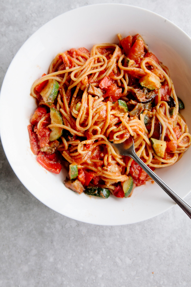 One-Pot Ratatouille Spaghetti (Vegan + GF) - Wallflower Kitchen - healthy recipes pasta