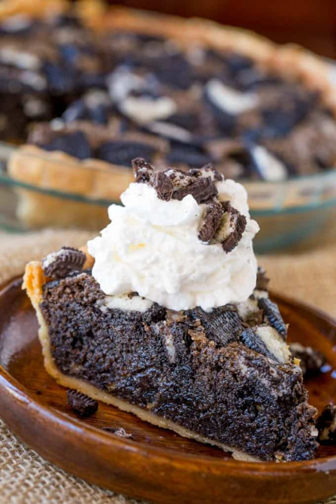 Oreo Chunk Cookie Pie - Dinner, then Dessert - dinner recipes using half and half