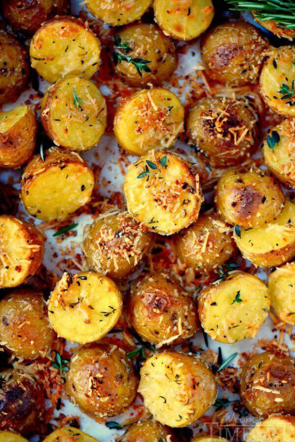 Oven Roasted Herb and Garlic Parmesan Potatoes - oven baked potato recipes dinner