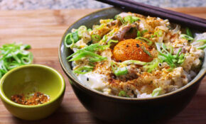 Oyakodon (Japanese Chicken And Egg Rice Bowl) Recipe – Chicken Recipes With Rice