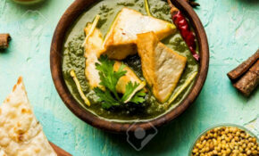 Palak Paneer Curry Is A Popular North Indian Recipe For Lunch/dinner.