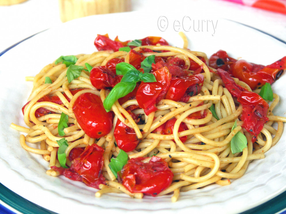 Pasta with Basil & Charred Skillet tomatoes - recipes vegetarian pasta sauce