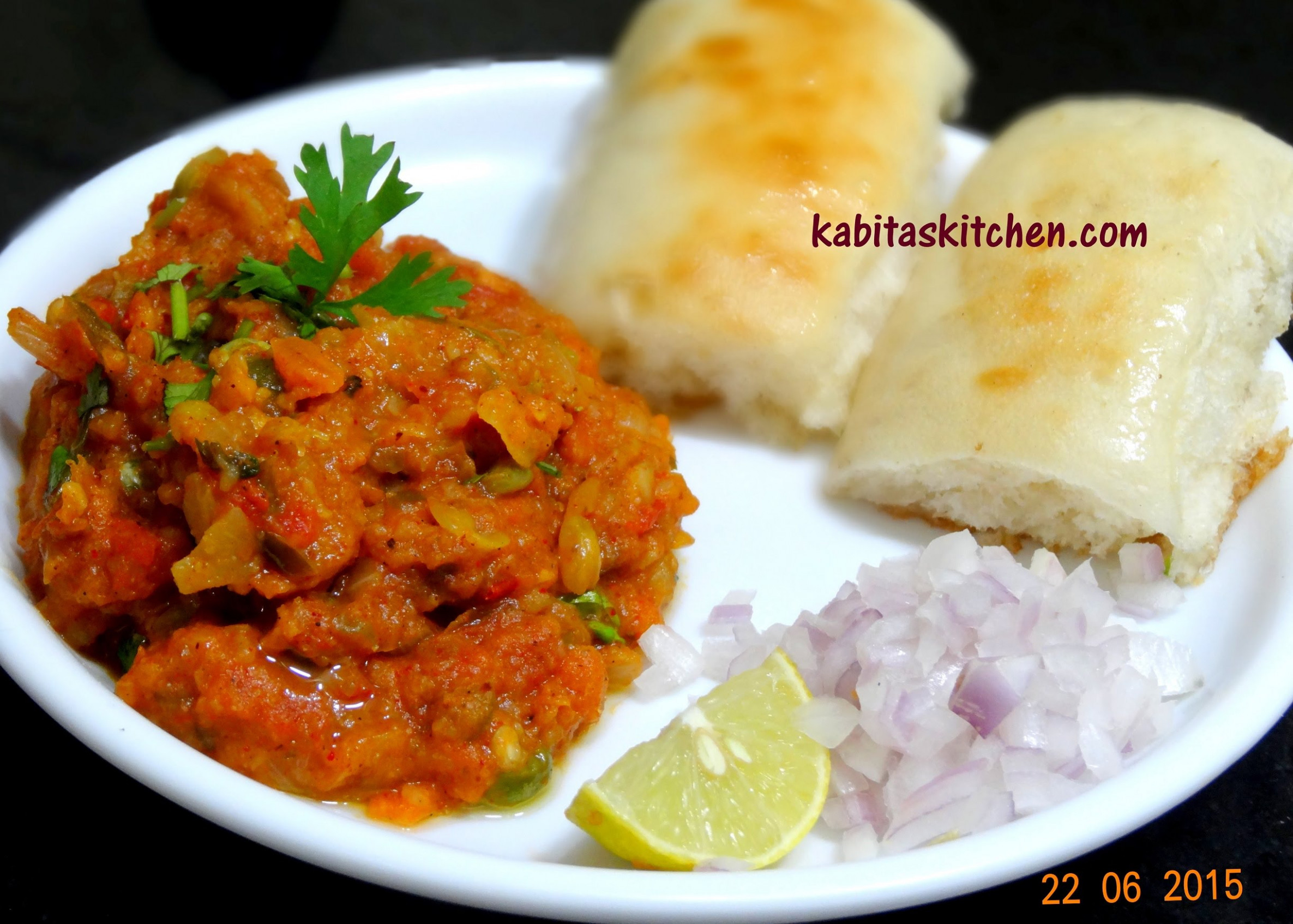 Pav Bhaji Recipe-Mumbai Style Pav Bhaji-Indian Fast food ..