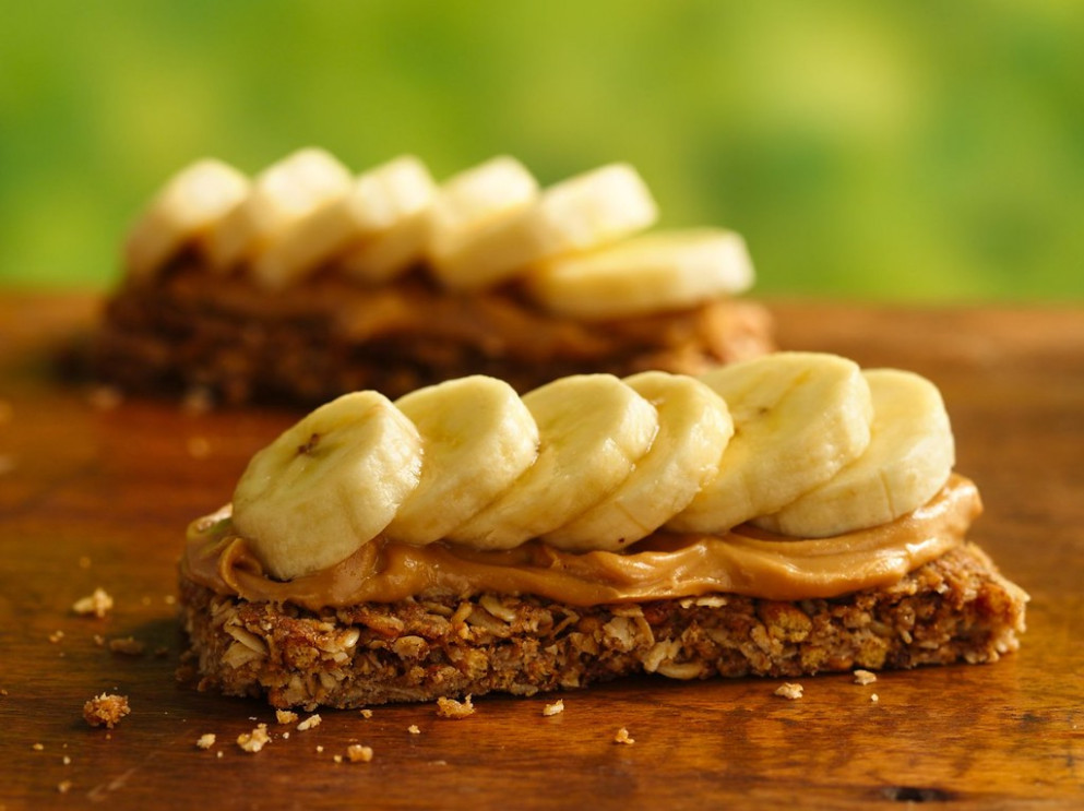 PB and Banana Campfire Canapé Recipe - recipes granola bars healthy