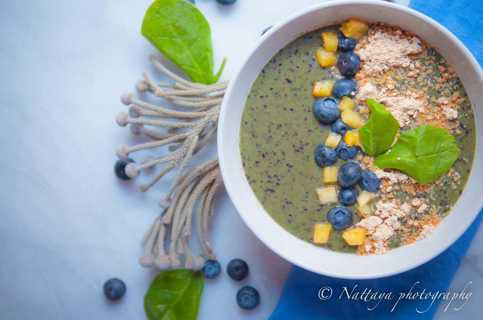 Peanut, Blueberries, Spinach and Pineapple Smoothie Bowl Recipe - recipes healthy smoothies