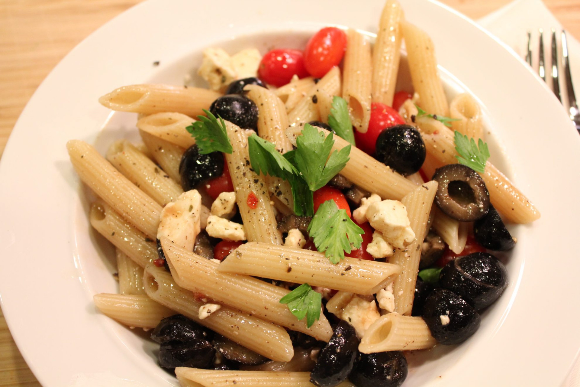 Penne Pasta with Olives and Sugar Plum Tomatoes • Hip ..