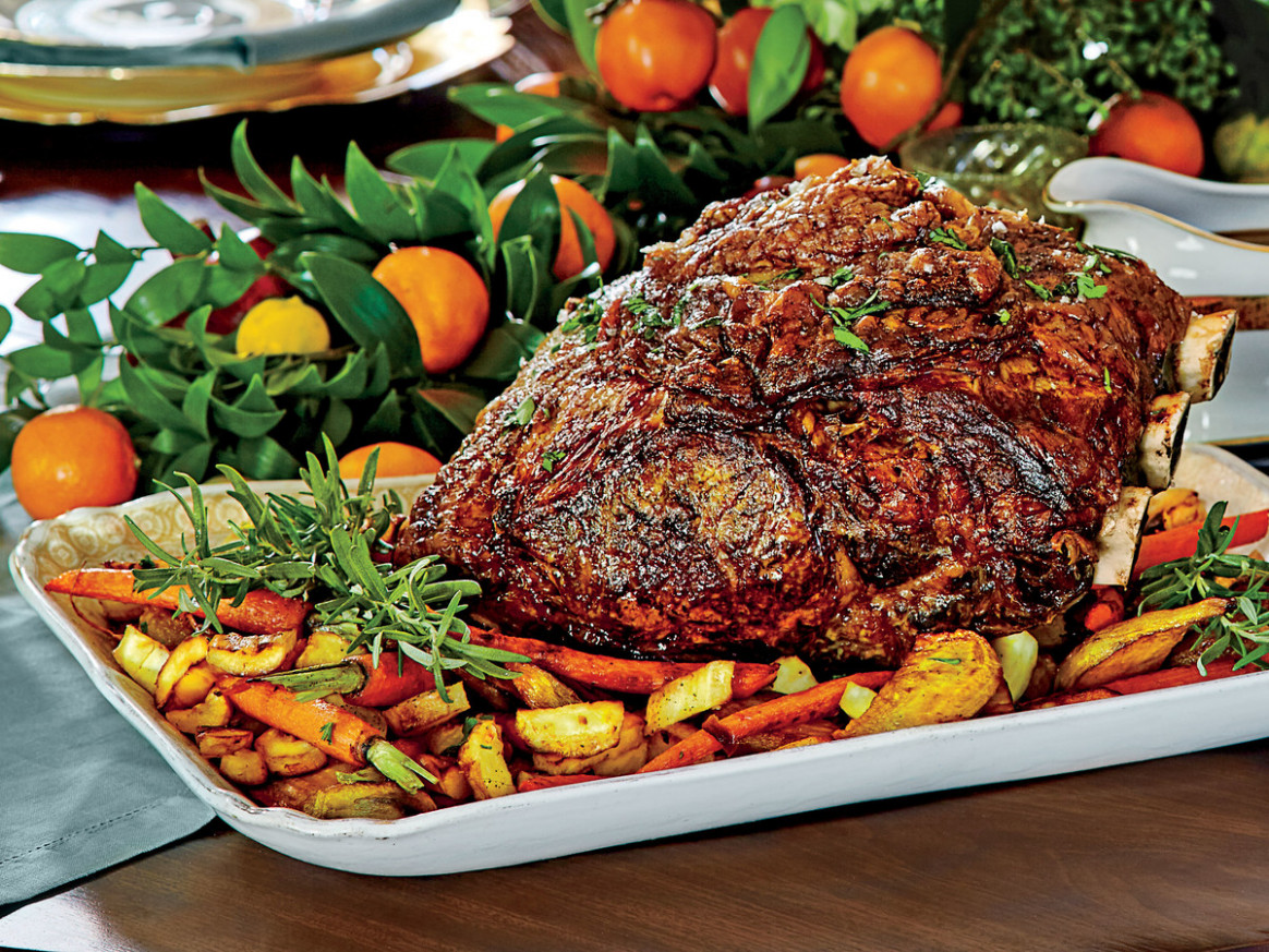 Peppercorn-Crusted Standing Rib Roast with Roasted Vegetables - recipes roast dinner