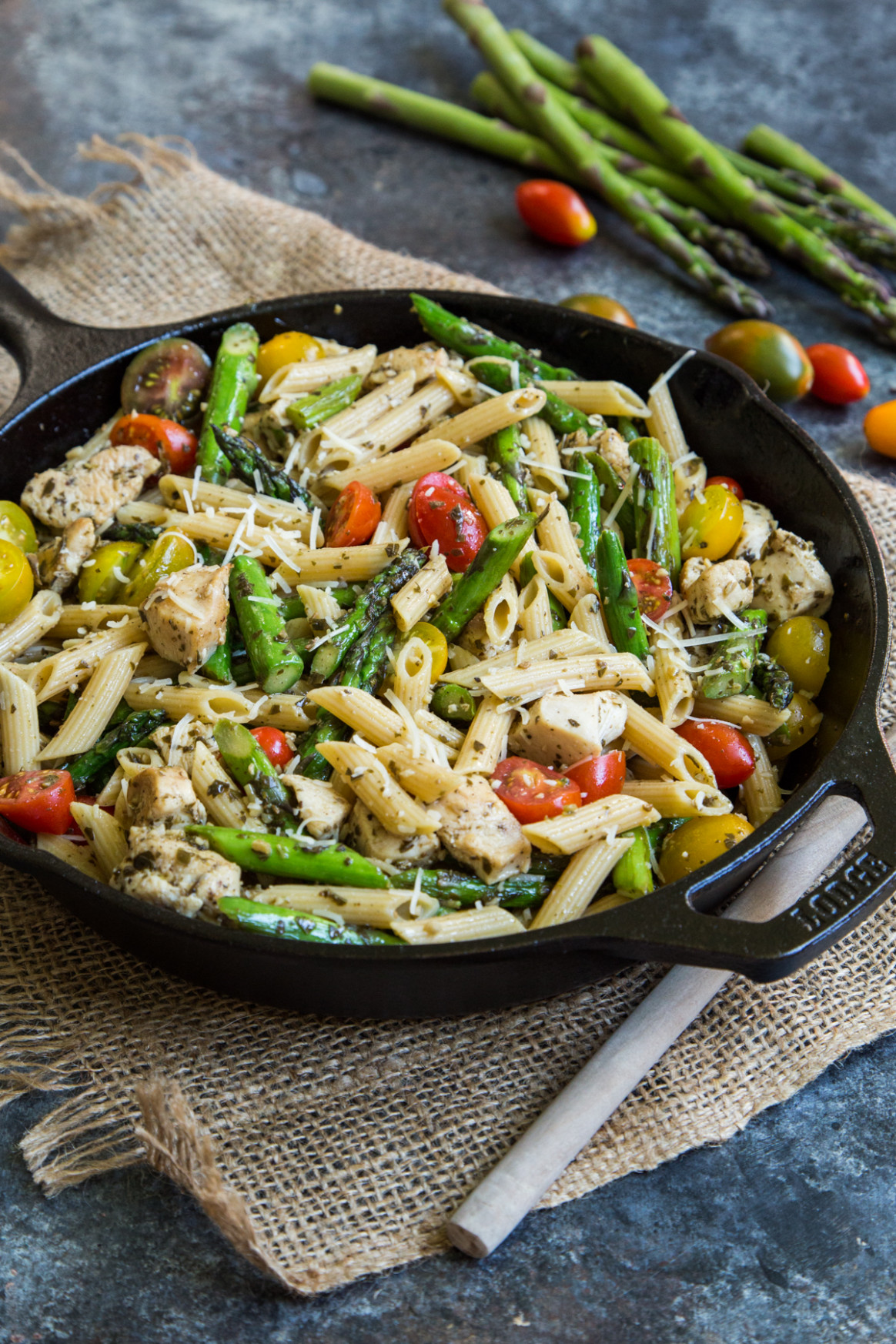 Pesto Chicken Pasta Skillet with Asparagus and Tomatoes - recipes asparagus and chicken