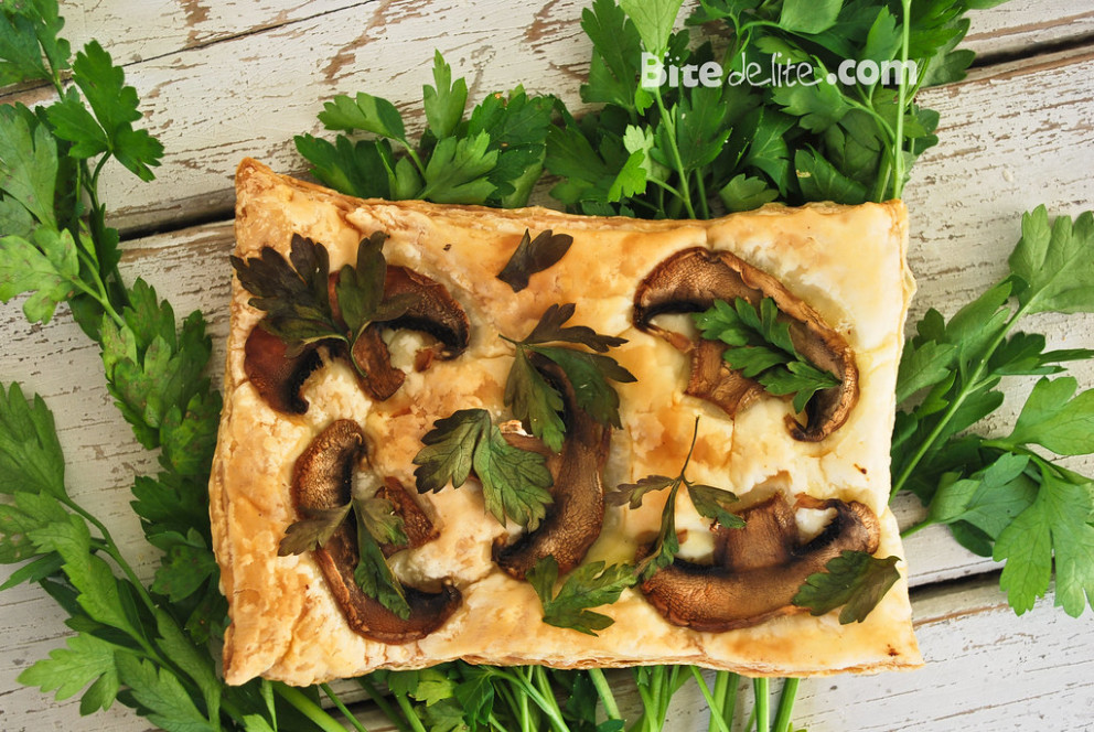Puff pastry with mushrooms - recipes puff pastry vegetarian
