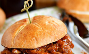 PULLED CHICKEN SANDWICHES WITH ROOT BEER BBQ SAUCE – Bbq Recipes Chicken