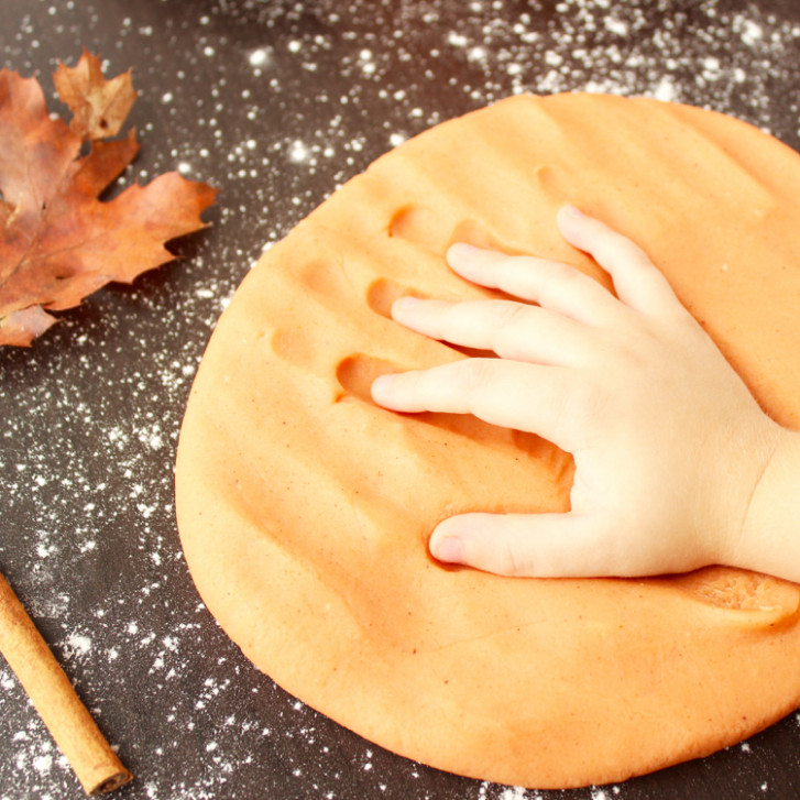 PUMPKIN SPICE PLAYDOUGH - Dinner Recipes Date Night