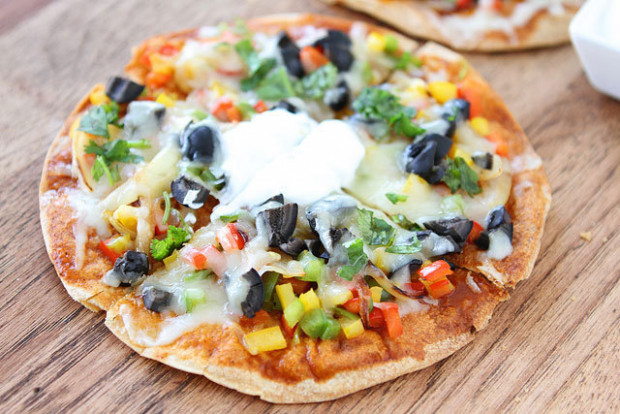 Quesadilla Recipes That Go Way Beyond Cheese | HuffPost - recipes quesadillas vegetarian