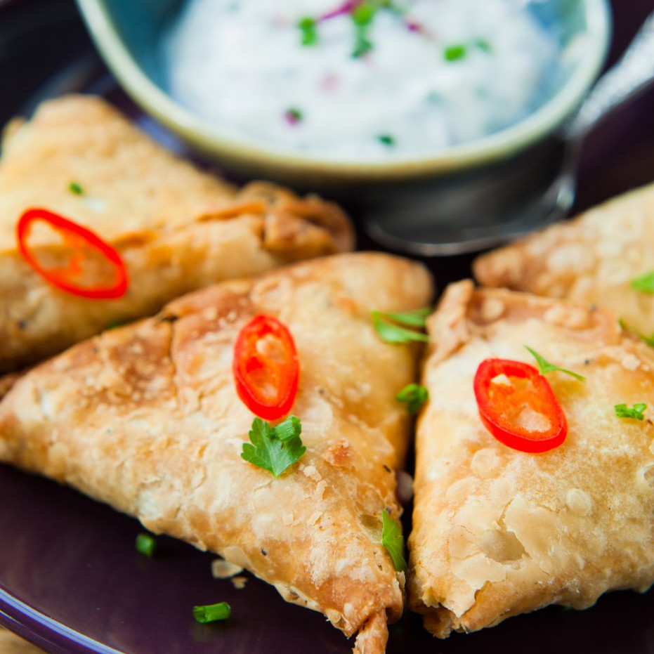 Quick and Easy Baked Vegetarian Samosas - quick recipes vegetarian