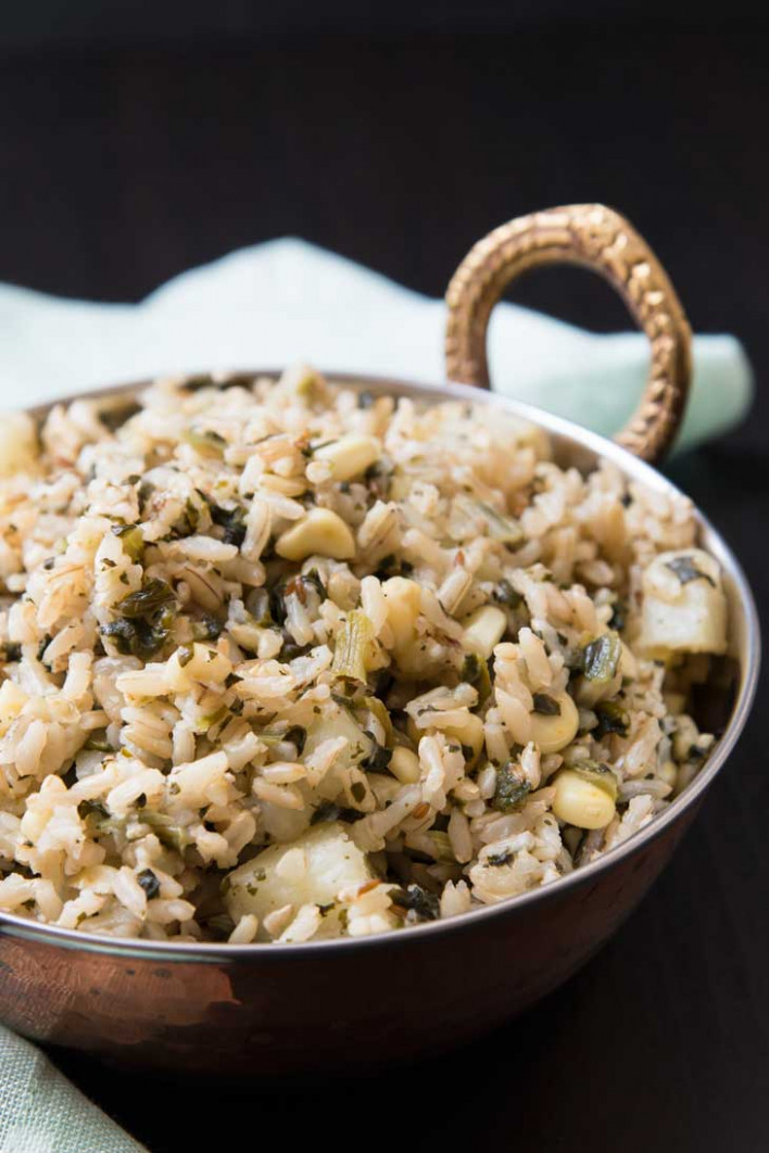 Quick Indian Brown Rice Pulau Recipe with Spinach, Corn, & Potatoes - recipes for indian food