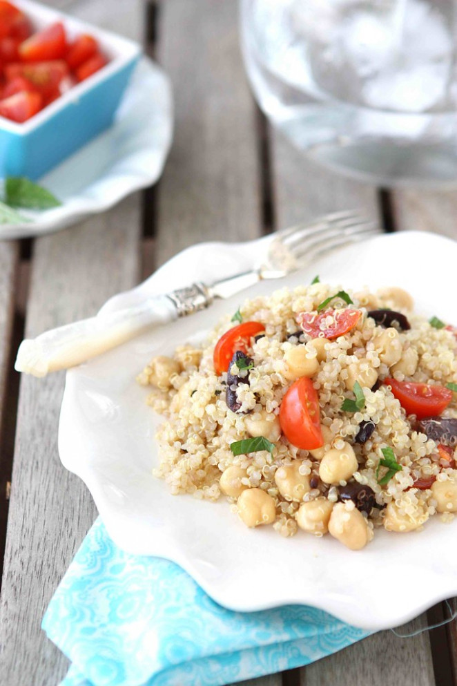 Quinoa Salad with Chickpeas, Kalamata Olives & Mint Recipe - quinoa recipes vegetarian