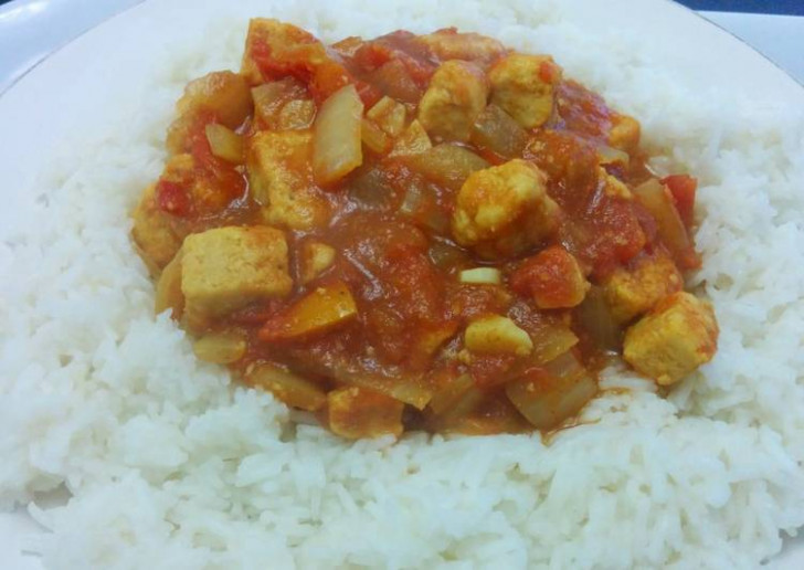 Quorn chicken curry Recipe by sawiia - Cookpad - quorn recipes chicken pieces