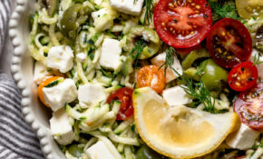 Raw Grated Zucchini Salad Recipe With Feta (13 Ingredients!) – Dinner Recipes Zucchini