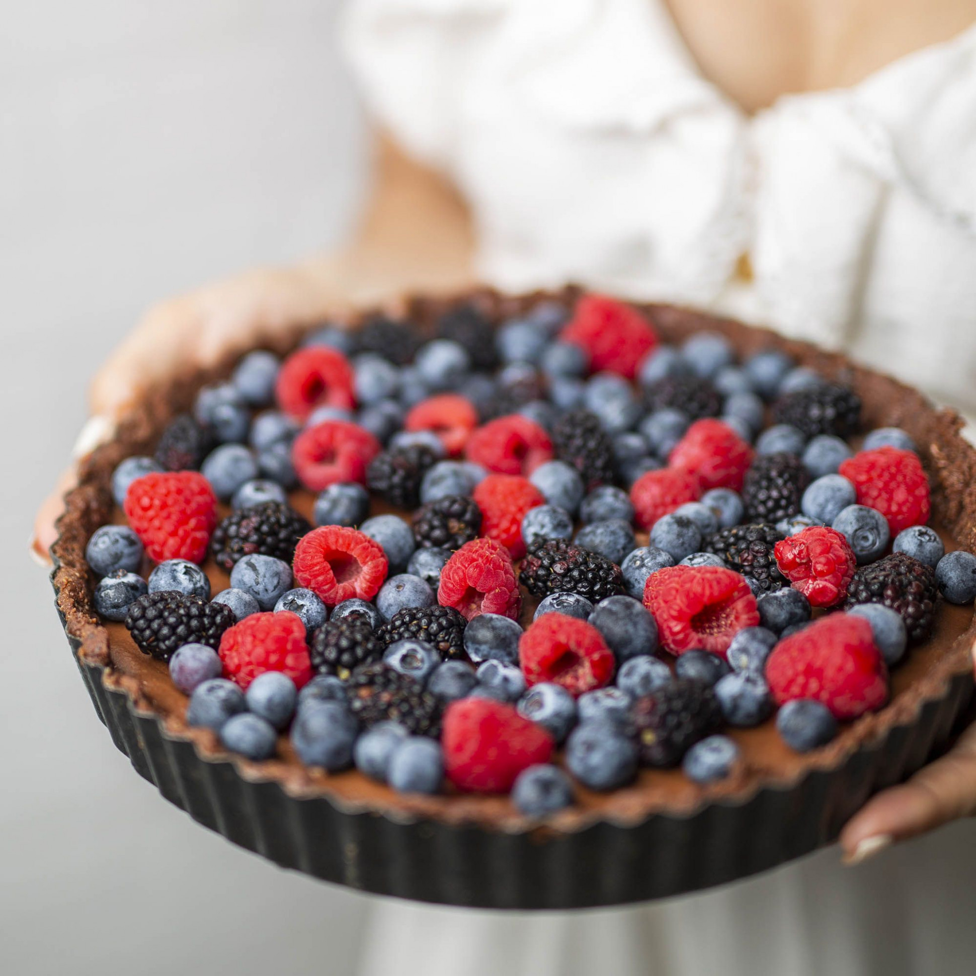 Raw Vegan Double Chocolate Berry Tart - raw food recipes