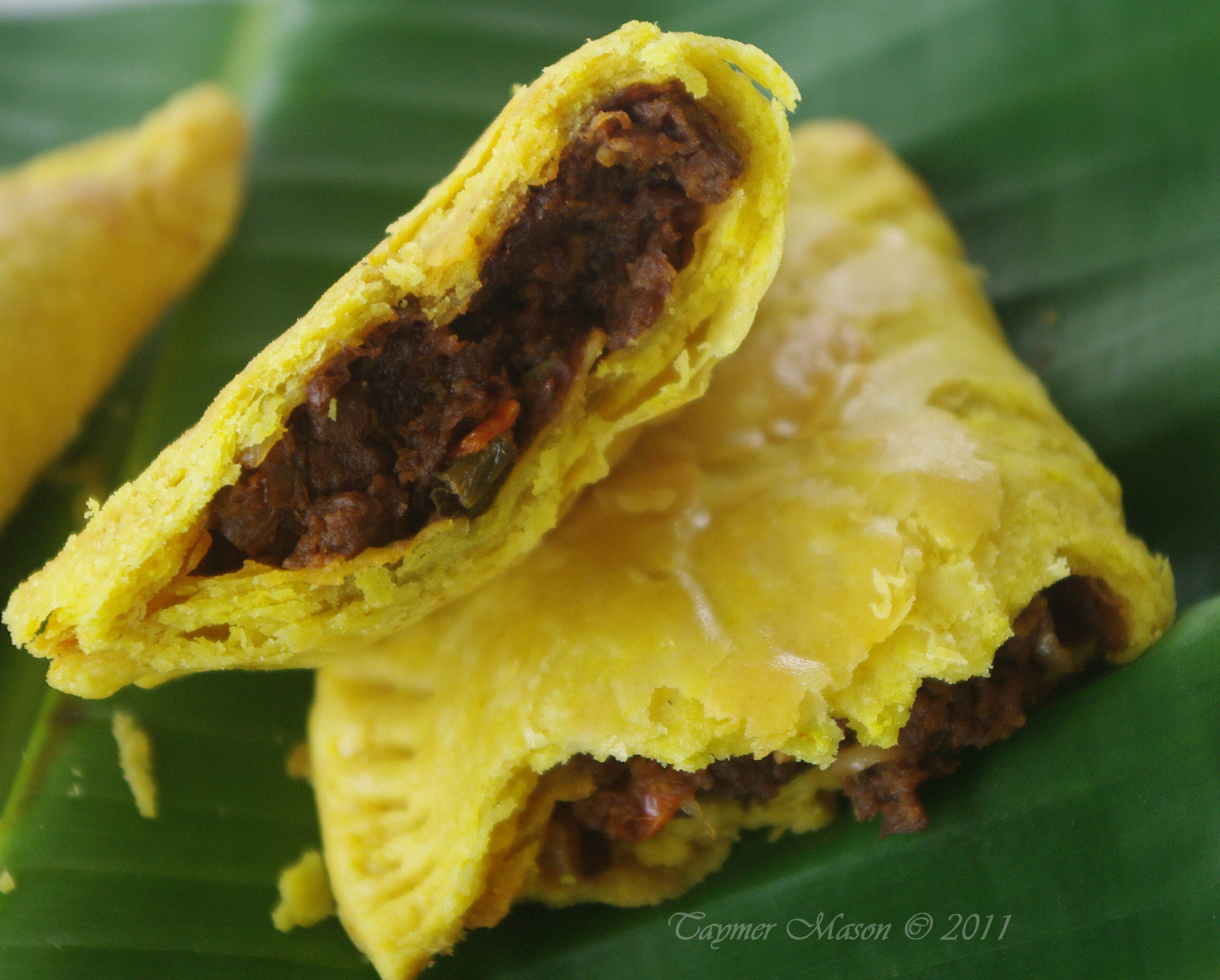 """Re making a Classic: Vegan Jamaican """"Beef"""" Patties and Guest .."""