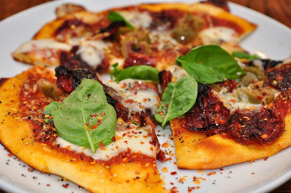 Recipes for a Delicious Vegetarian Dinner Party   Poezia