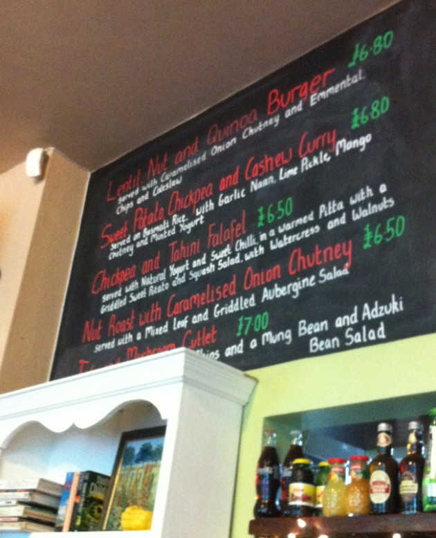 Review: Beano's Vegetarian and Vegan Cafe Bar, Folkestone ..