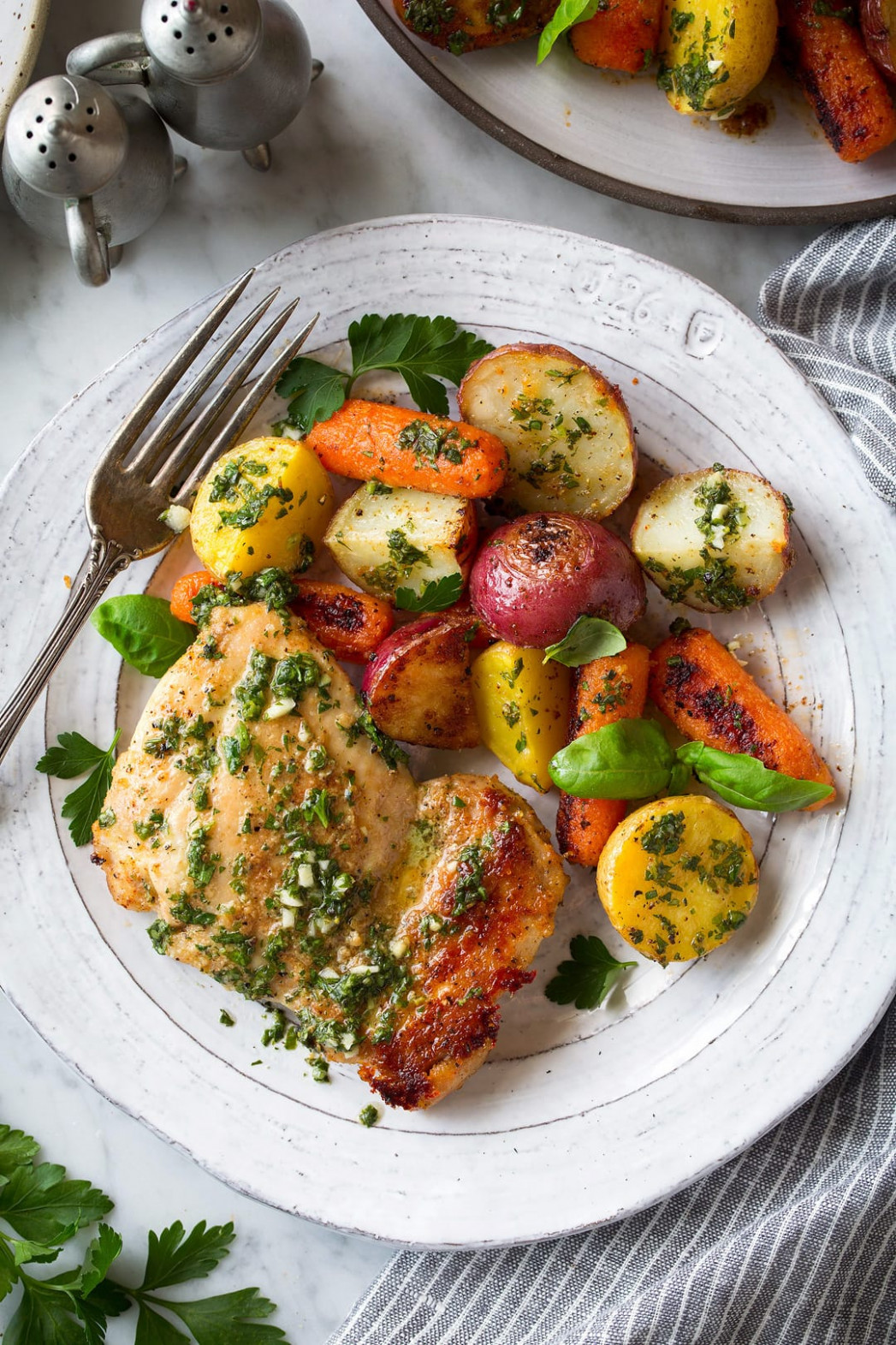 Roasted Chicken And Veggies With Garlic Herb Vinaigrette - Chicken And Veg Recipes