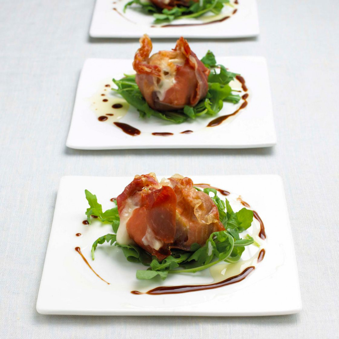 Roasted Figs With Parma Ham And Goat's Cheese - Recipes Starters Christmas Dinner