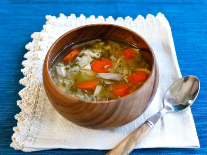 Rotisserie Chicken Rice Soup - Easy Healthy Recipe - healthy recipes using rotisserie chicken