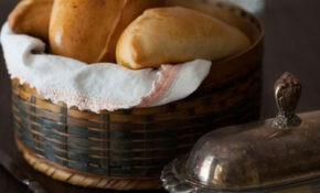 "Russian Monday: ""Pirozhki"" – Baked Stuffed Pies #Russian .."