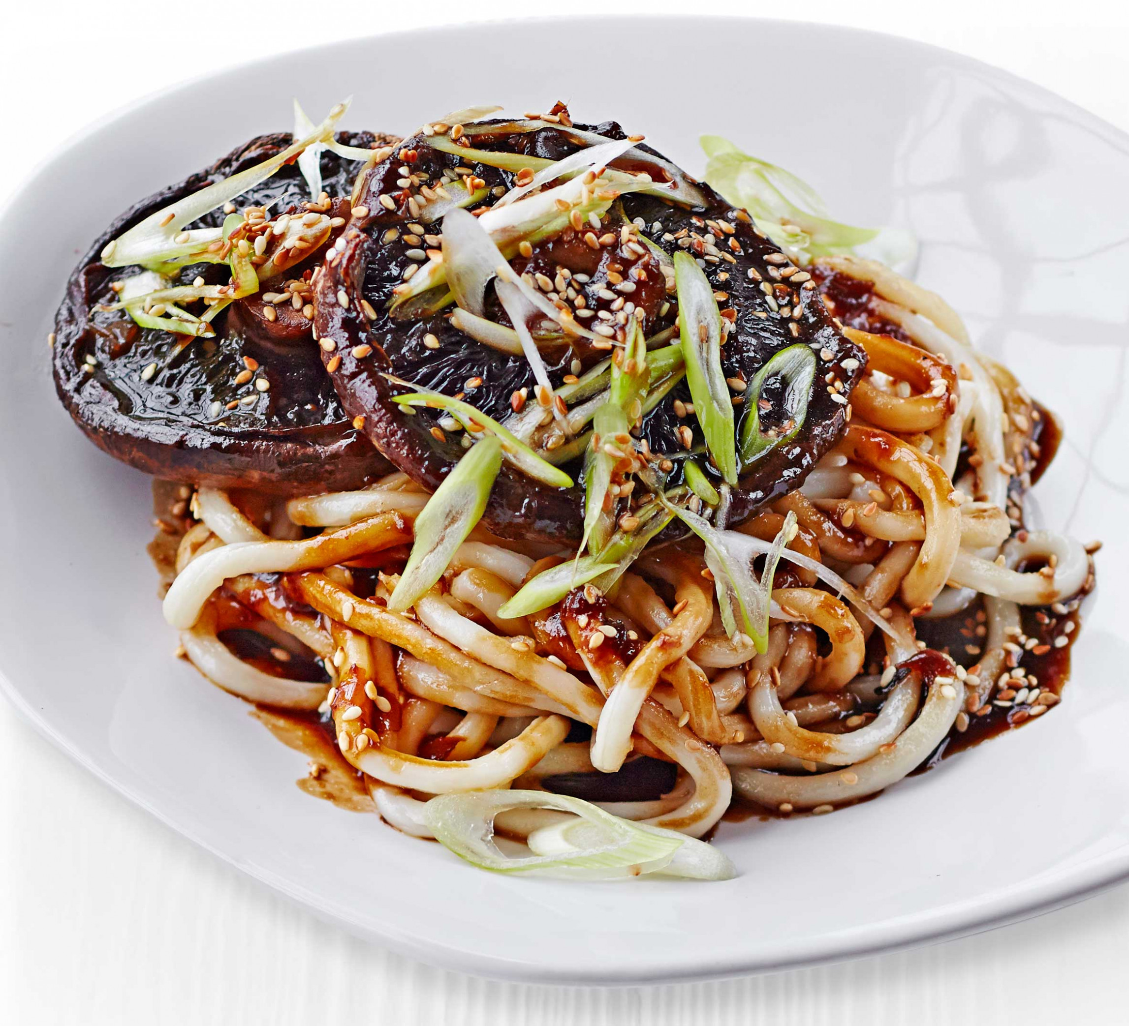 Saucy Miso Mushrooms With Udon Noodles - Recipe Vegetarian Udon Noodle Soup