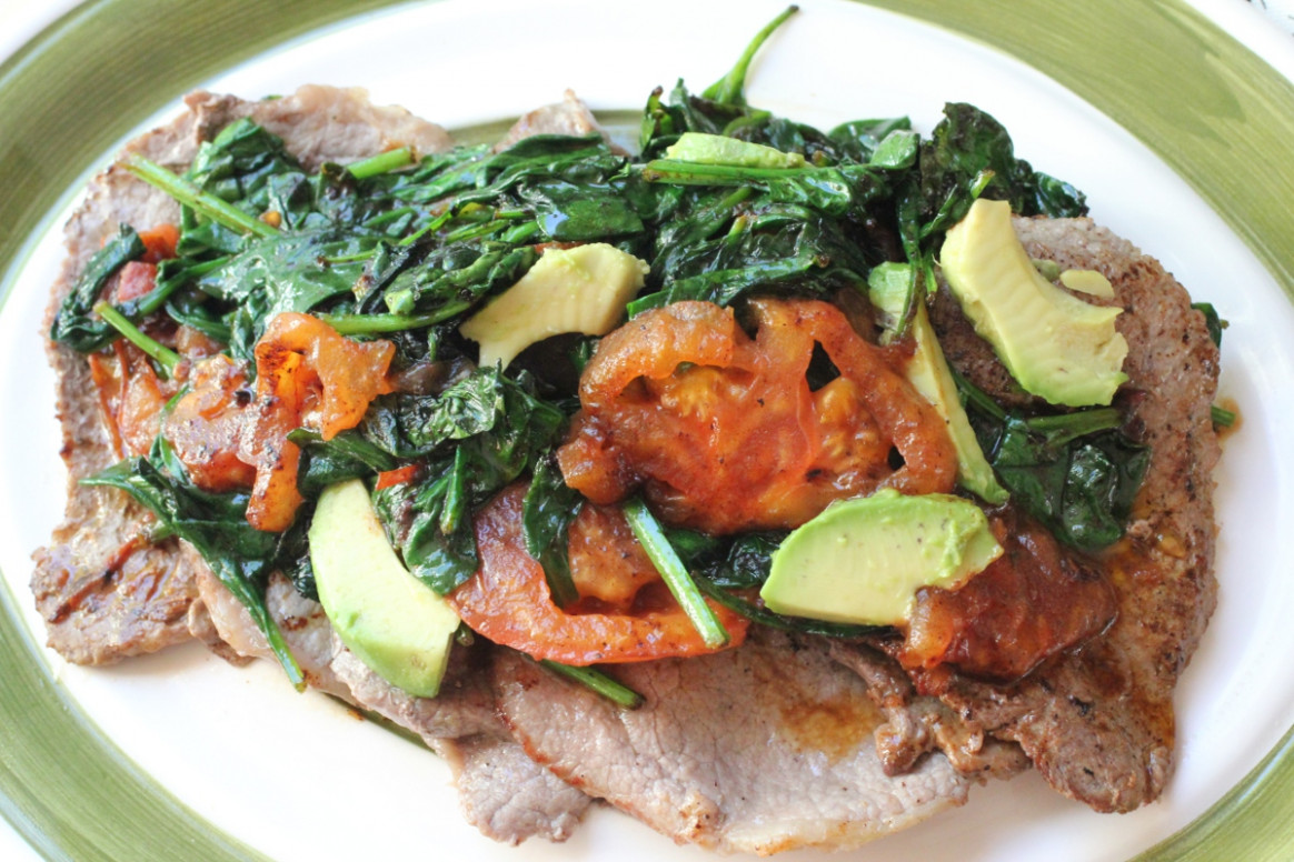 Sauteed Steak with Spinach, Tomatoes & Avocado - dinner recipes avocado
